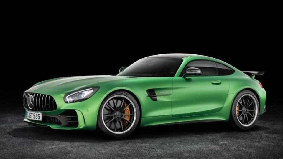 Внешность быстрейшего Mercedes-AMG GT раскрыли до премьеры