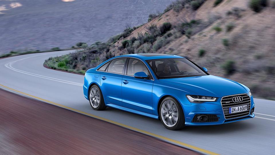 Стала известна стоимость обновленного Audi A6 в России
