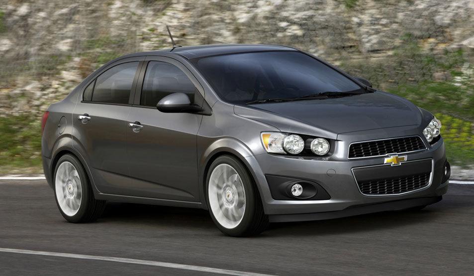 Обзор автомобиля Chevrolet Aveo New