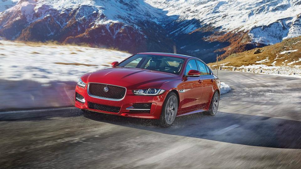 Jaguar Land Rover потратит на новый имидж 1,3 миллиарда долларов
