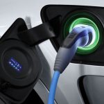BMW объявила цены на два роскошных гибрида