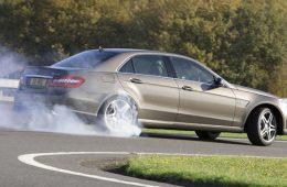 Самый мощный Mercedes-Benz E-класса снабдят дрифт-режимом