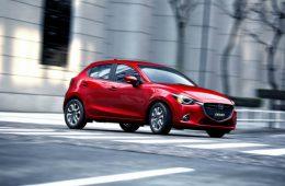 Mazda обновила «двойку» и кроссовер CX-3