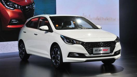 Представлено новое поколение пятидверного Hyundai Solaris