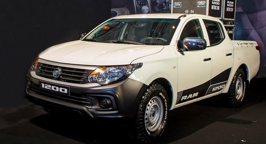 У Mitsubishi L200 появился новый брат-близнец