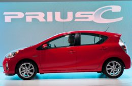 Toyota выпустит целую линейку электромобилей