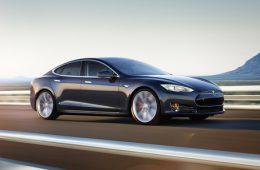 Электромобили Tesla могут получить систему «ЭРА-Глонасс»