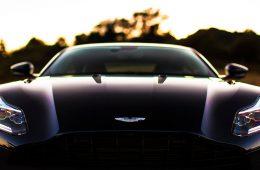 Aston Martin придумал новый логотип