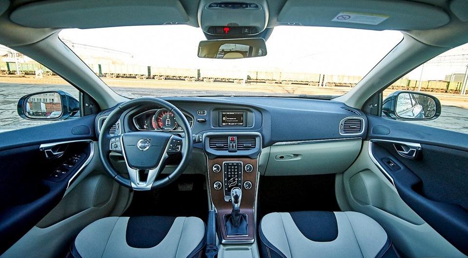 Краткий обзор Volvo V40 СС