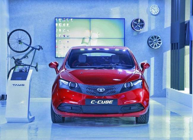 СМИ: Tata готовит очень дешевый, но симпатичный автомобиль