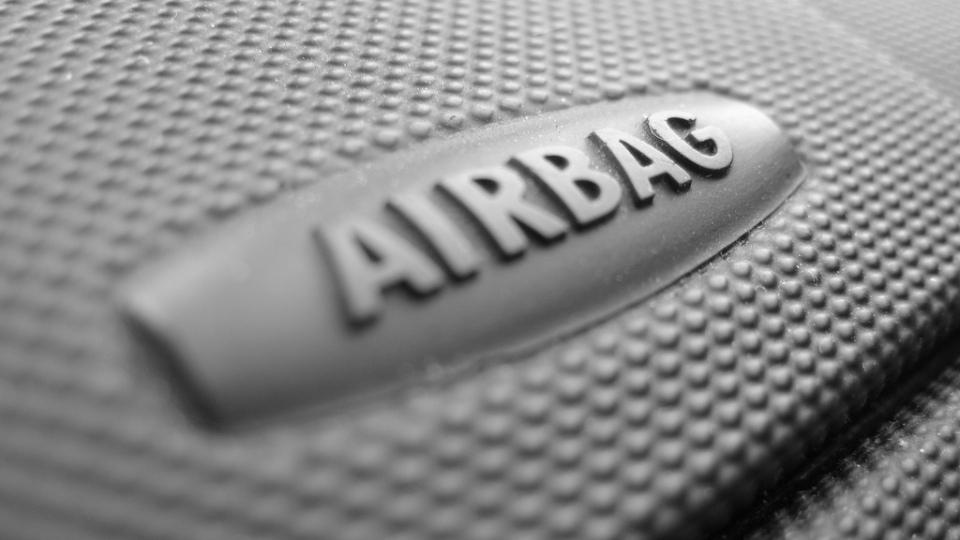 Takata признала вину в производстве дефектных подушек безопасности