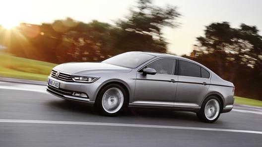 Volkswagen представил в России Passat в новом исполнении Life