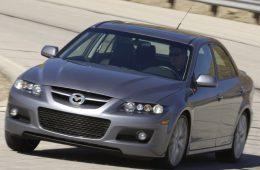 Росстандарт заявил об отзыве Mazda 6