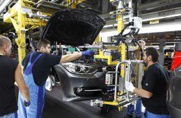 Пьяные рабочие принесли BMW убыток в миллион евро