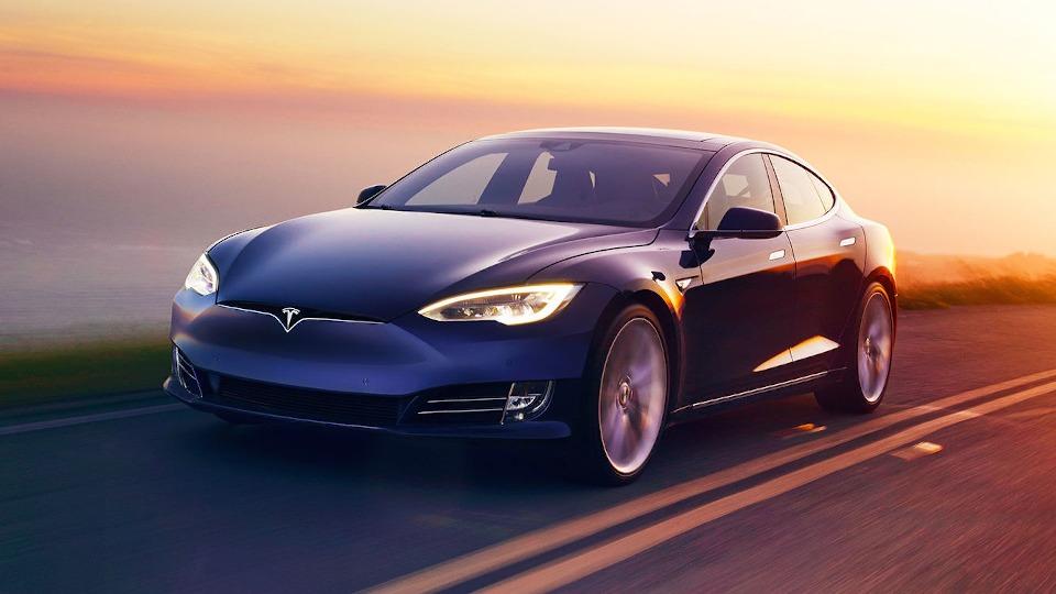 Tesla Model S проехала без подзарядки свыше 540 километров