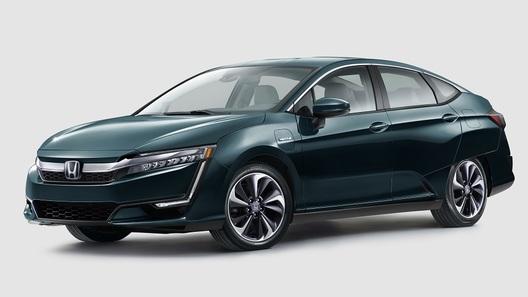 Honda представила гибрид и электромобиль Clarity