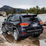 Jeep отправит в ремонт почти 9 тысяч российских Grand Cherokee