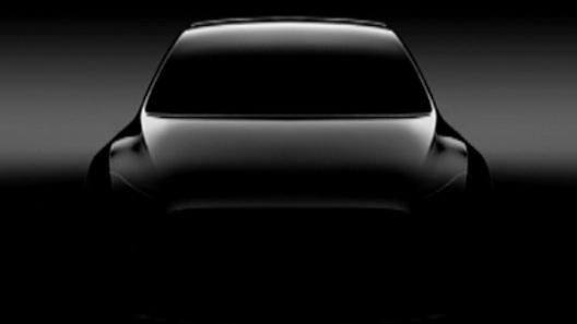 Появилось первое изображение доступного кроссовера Tesla