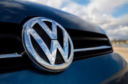 Volkswagen будут разговаривать друг с другом: уже с 2019 года
