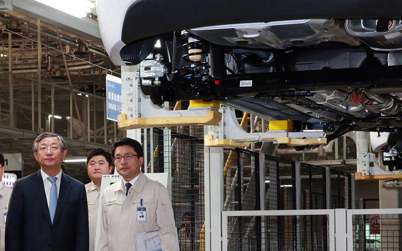 КАМАЗ показал интерьер кабины нового поколения