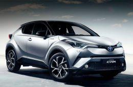 Компания Toyota показала интерьер кроссовера C-HR
