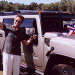 Арнольд Шварценеггер представил первый электрический Hummer