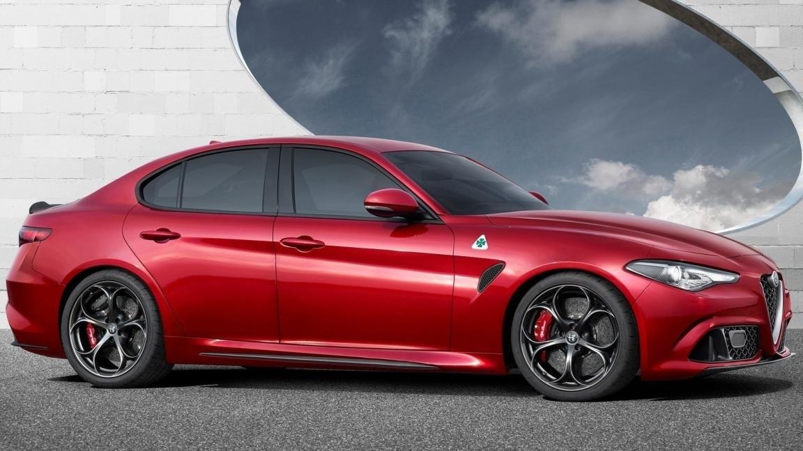 Alfa Romeo перенесла премьеру флагманского седана
