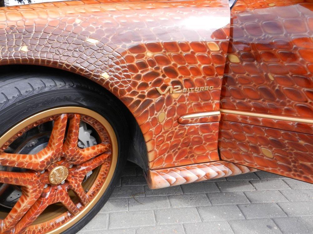Skoda Octavia RS 245 взялась за краски и «кисть»