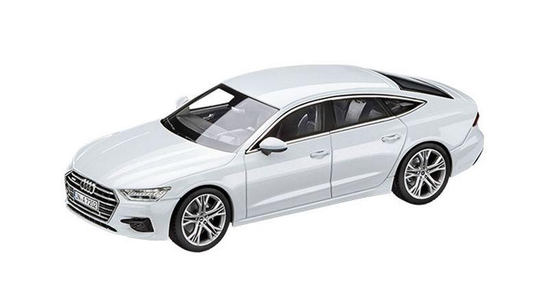 Новый Audi A7 Sportback — пока в виде сувенирной модельки
