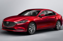 Японцы обновили седан Mazda 6
