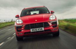 Porsche раздумывает над электрической версией кроссовера Macan