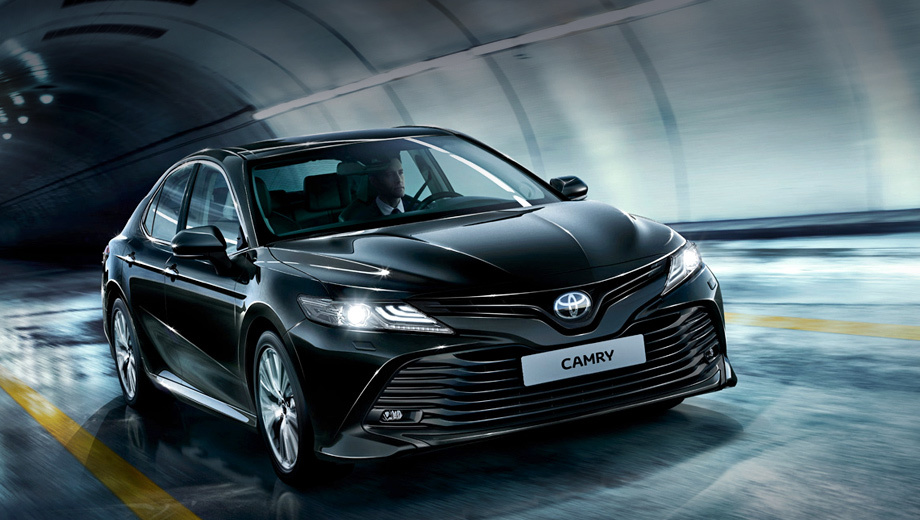 Новая Toyota Camry получит в России прежние моторы