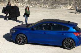 Новый Ford Focus показали без камуфляжа