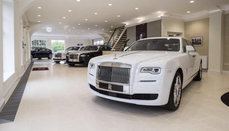 Названы самые востребованные автомобили люкс-сегмента в России