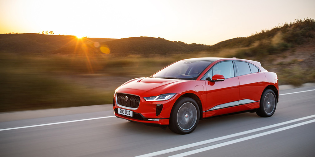 Jaguar назвал российские цены на электрический кроссовер