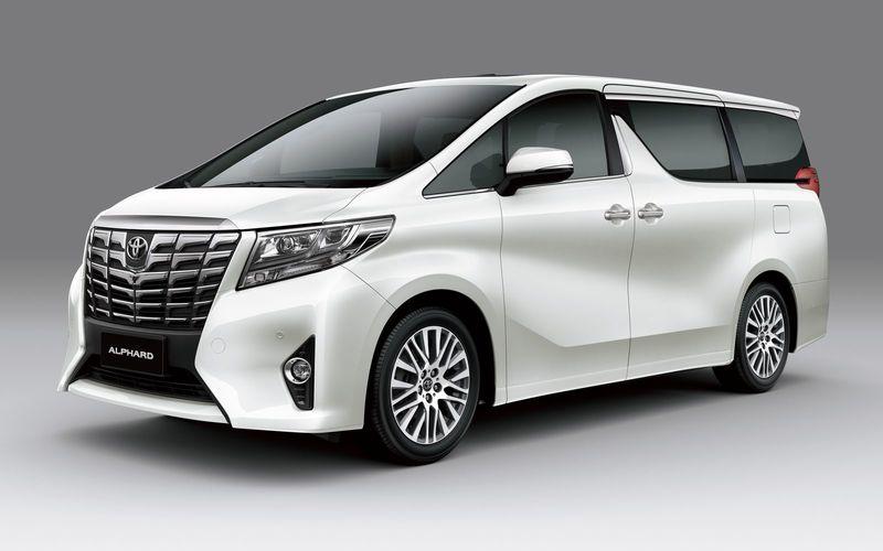 Toyota отзывает в России модели Alphard и Highlander