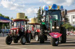 МТЗ: Минский тракторный завод
