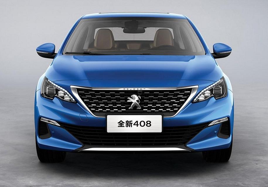 В Peugeot обновили седан 408