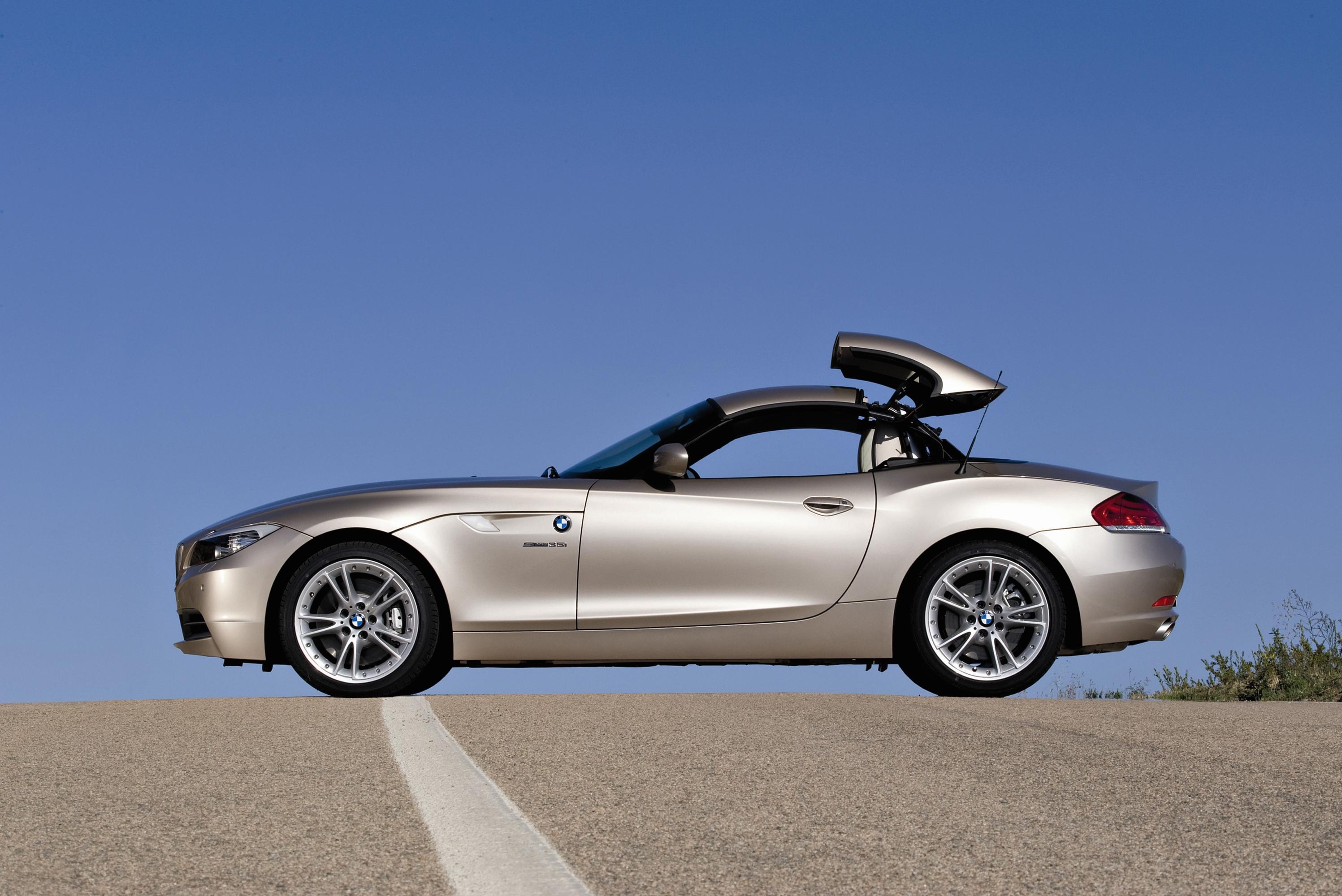 BMW объявила российские цены на родстер Z4