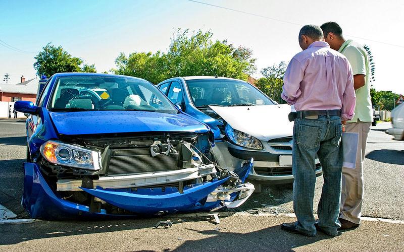 Дефекты кузова автомобиля побывавшего в ДТП
