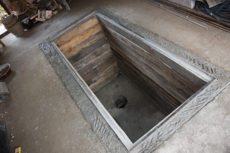 Смотровая яма в гараже своими руками