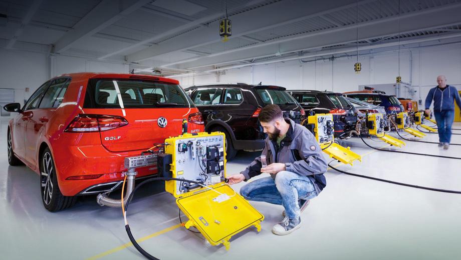 Новые эконормы оставили клиентов Фольксвагена без машин