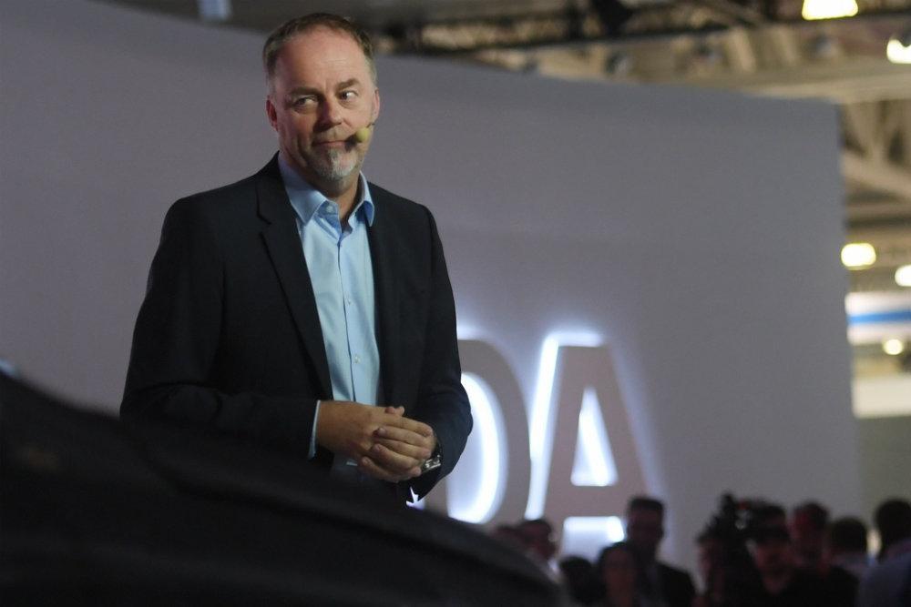 Шеф-дизайнер АвтоВАЗа Стив Маттин: Езжу за рулем Lada Vesta Cross
