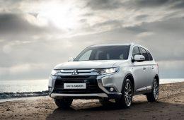 Названы российские цены на обновленный Mitsubishi Outlander