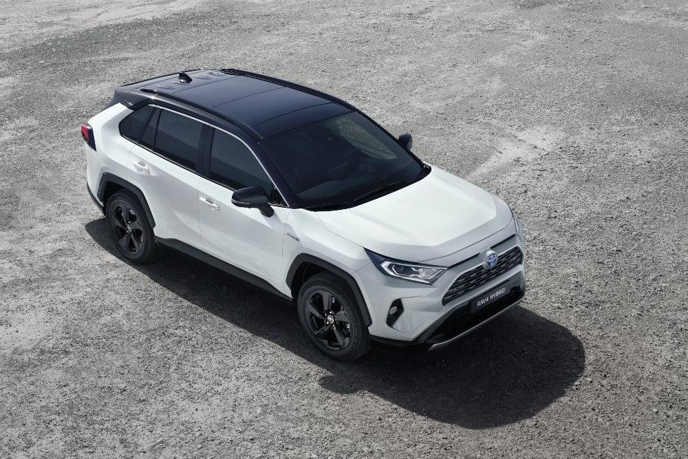 Новая Toyota RAV4 доберется до России в середине 2019 года