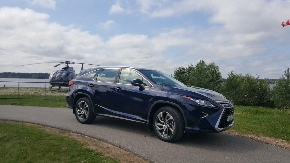 Тест-драйв Lexus RX L: Нужен ли японскому бестселлеру третий ряд