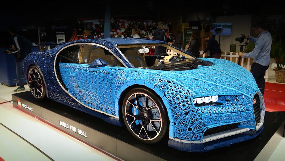 Босс Bugatti посчитал создание кроссовера весьма вероятным