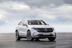 Почему у электрокара Mercedes EQC под капотом вид, как у автомобиля с обычным двигателем?