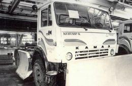 Появилось фото редкого грузовика-трактора «КамАЗ» «Кентавр»