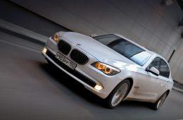 Более 28 000 машин BMW отозвано в России из-за риска пожара